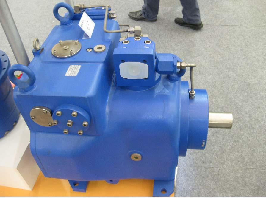 贵州力源液压股份公司展出的船用液压柱塞泵图片